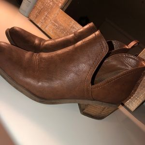 American Eagle Outfitters Brown Booties